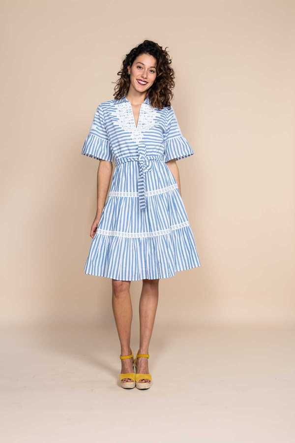 Robe chemise rayée, a manches courtes  - Cabassou